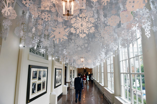 WASHINGTON, DC - DECEMBER 02: Decorations are seen in a hallway at the White House on Wednesday December 02, 2015 in Washington, DC. (Photo by Matt McClain/ The Washington Post via Getty Images)